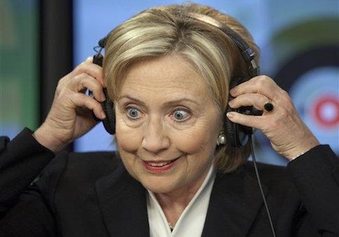 En savoir plus sur le scandale des e-mails d'Hillary Clinton